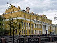 Праздничный уик-энд ждет тебя в Санкт-Петербурге в Гранд Кафе DJINN