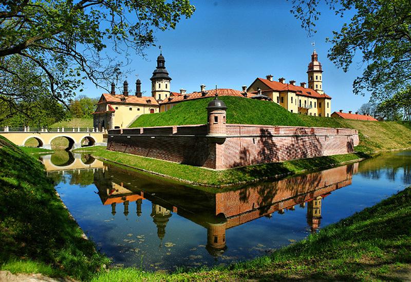 Купить путевки в санатории Белоруссии с бассейном и