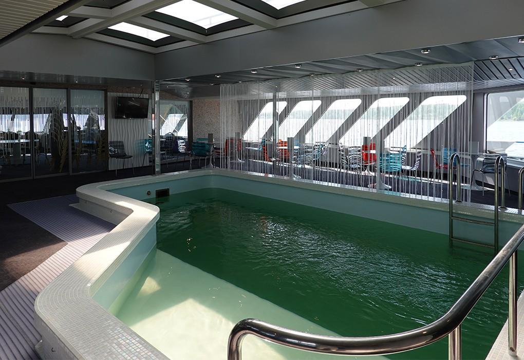 Чехов, бассейн